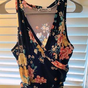 NWOT Pretty Floral Maxi Dress!!